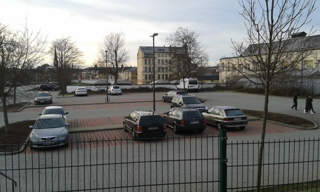 Immerhin, gepflegter Parkplatz